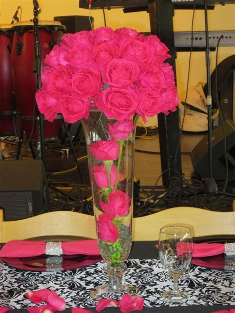 25  best ideas about Pink centerpieces on Pinterest   Pink