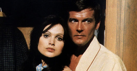 James Bond's Roger Moore has made some confessions about love scenes
