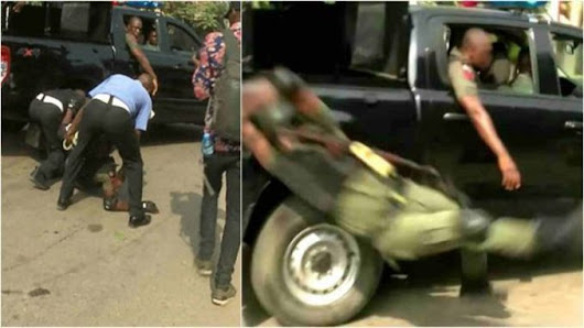 watch video of how Policeman falls off moving van during celebration of Imohimi's transfer — Newsflashngr