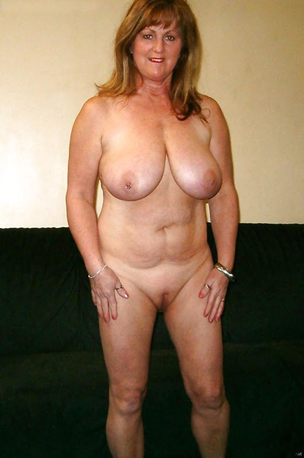 Mature Natural Saggy Tits