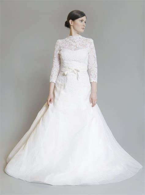 vera wang luxe lace longsleeve dress wedding dress