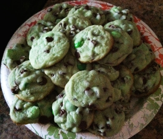 Chocolate Chip Mint Cookies - Danielle Lombardo