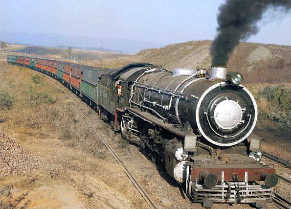 "The image ""http://www.iloveindia.com/indian-railways/pics/coal-train-steam-locomotive-l.jpg"" cannot be displayed, because it contains errors."