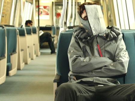 Excubo Sleeping jacket in Metro