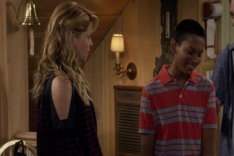 """Recap of """"Fuller House"""" Season 3 Episode 4   Recap Guide"""