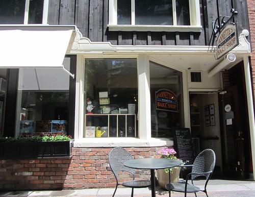 annette-bakery1558