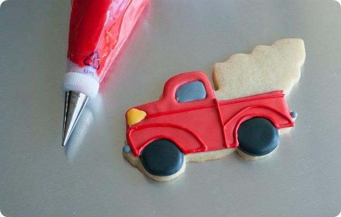 christmas trucks detail photo christmastruckstutorial4of5.jpg