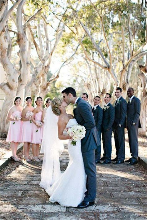 45 Popular Wedding Photo Ideas For Unforgettable Memories