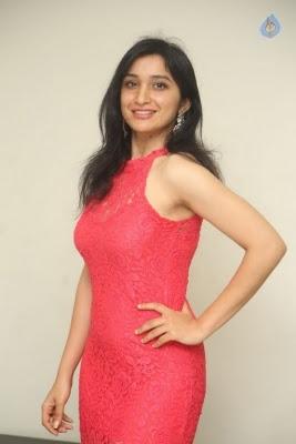 Sakshi Kakkar New Photos - 20 of 35