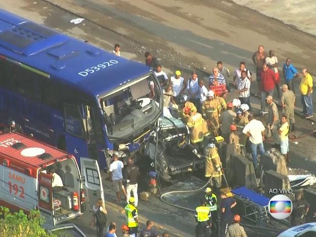 Pelo menos 27 pessoas ficaram feridas (Foto: Reprodução/ TV Globo)