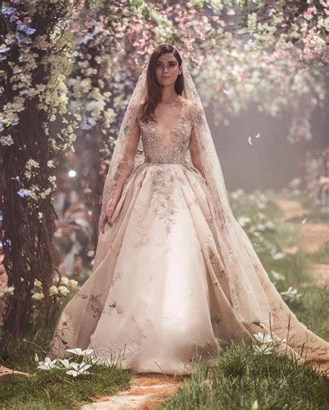 Best 25  Disney ball gown ideas on Pinterest   Fairytale
