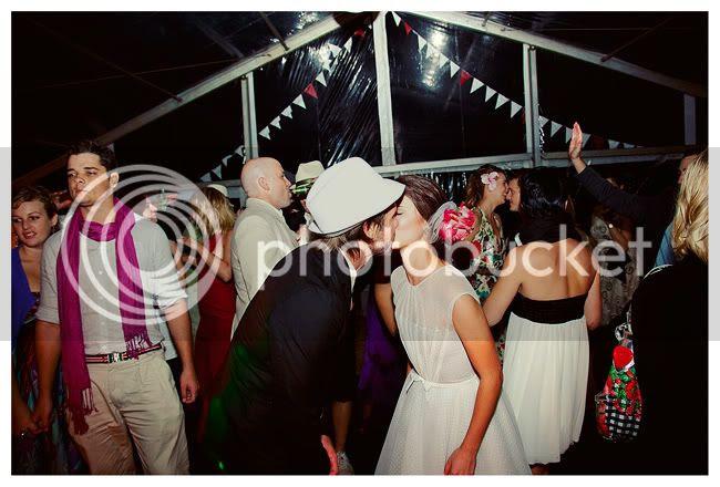 http://i892.photobucket.com/albums/ac125/lovemademedoit/RC_blog_042.jpg?t=1281774225