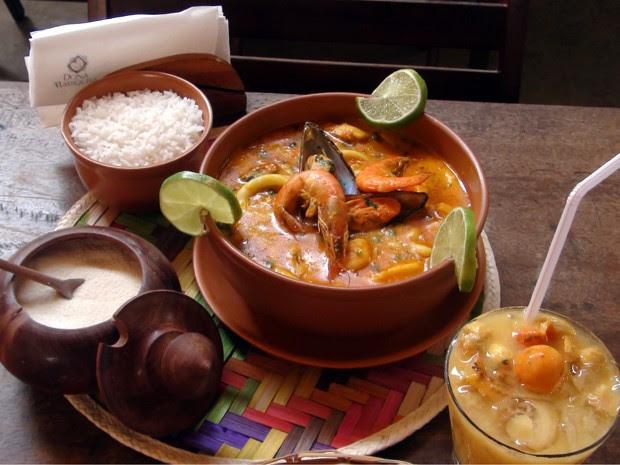 Restaurante fica localizado no Largo da Mariquita (Foto: Lílian Marques / G1)