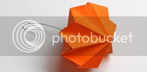 photo origami-diamond-ornaments002_zpse6a2dc13.jpg
