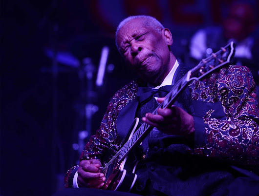 Blues great B.B. King dies at 89