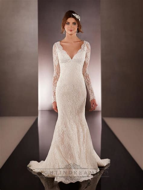 Long Illusion Slleeves V neck Lace Wedding Dresses With