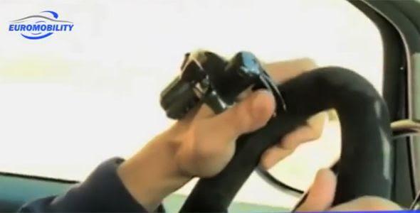 Los conductores parapléjicos manejarán el coche con un guante inalámbrico