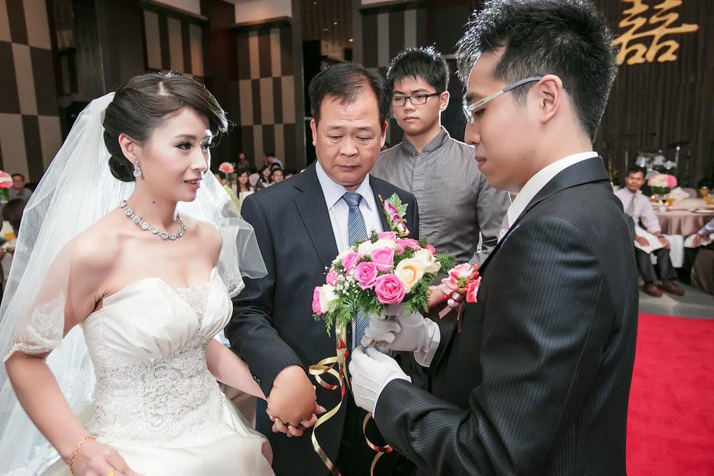婚攝, 婚攝推薦, 婚禮拍攝, 婚禮紀錄, 平面拍攝, 幸福呈獻, 新竹國賓飯店, 新竹婚攝, 楊羽益, 浪漫婚禮紀錄, (40)