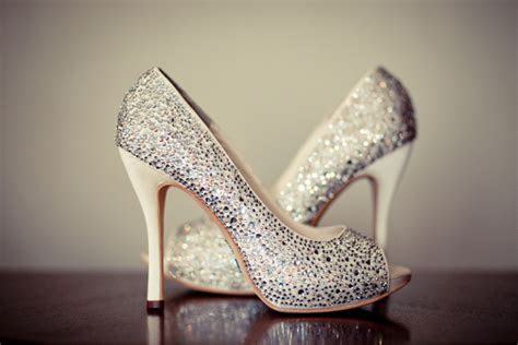 When & How To Choose Your Wedding Shoes   Tulle