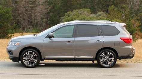 review  nissan pathfinder