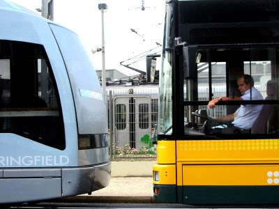 Transportes públicos ainda vão aumentar mais daqui a cinco meses, diz o governo.