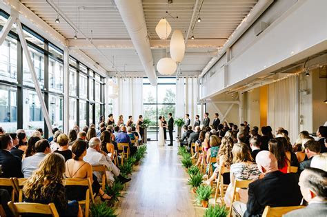 Greenhouse Loft Wedding in Chicago   Kyle and Kelly   T