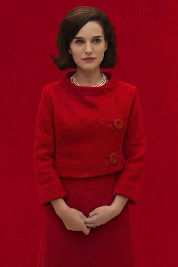 La actriz Natalie Portman, caracterizada como Jackie Kennedy para su última película.