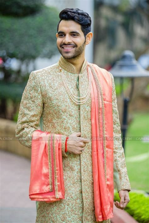 The 25  best Indian groom ideas on Pinterest   Sherwani