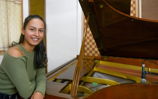 Maíra Zaugg, conheça mais da jovem cantora e compositora que apresenta Show em São Paulo