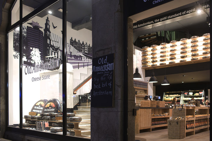 Old Amsterdam Cheese store by studiomfd Amsterdam 19 Old Amsterdam Cheese flagship store by studiomfd, Amsterdam