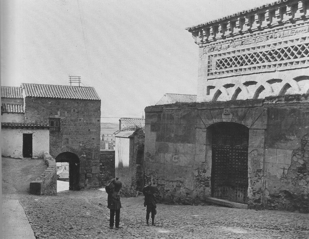 Mezquita del Cristo de la Luz (Toledo), a principios de siglo. Foto Kurt Hielscher
