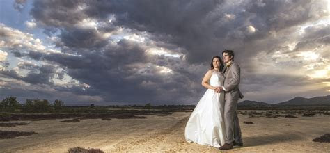 Cairns Wedding Photographers, affordable family portraits