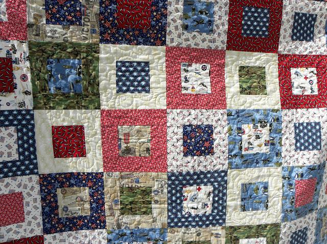 DSCN1201 Patriot Squares quilt