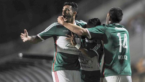 comemoração do Palmeiras contra o coritiba (Foto: Marcos Ribolli)