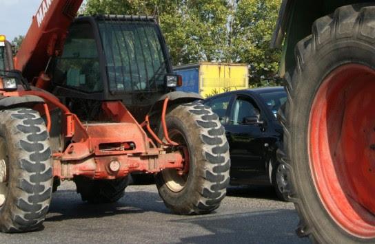 Τρακτέρ και στους δρόμους της Πελοποννήσου