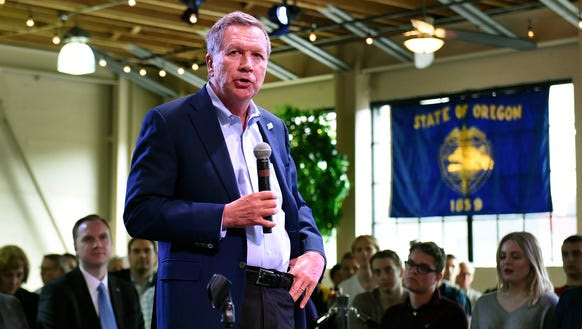 Ohio Gov. John Kasich speaks at a town hall meeting