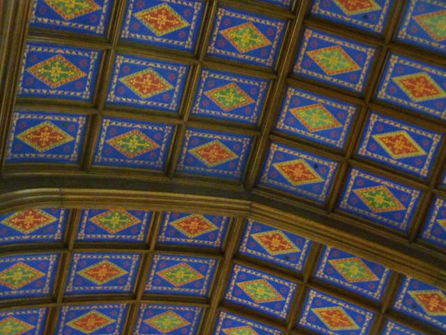 P1080273-2011-03-07-Phoenix-Flies-Peachtree-Christian-Church-Ceiling