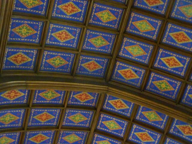P1080273-2011-03-07-Phoenix-Flies-Peachtree-Christian-Church-Ceiling