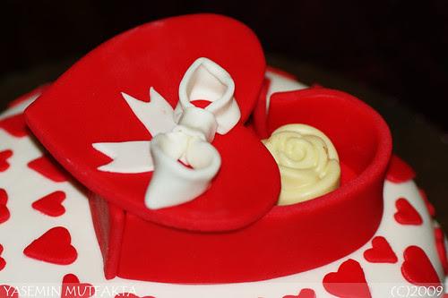 Sevgiliye Kutu Cikolata Pastasi