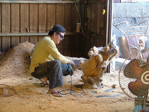 Tree Poaching and the Sanyi Wood Carving Industry