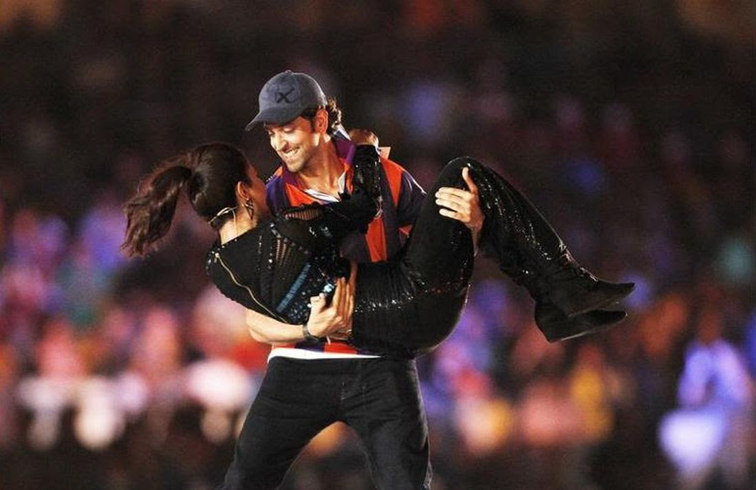 Priyanka Chopra and Hrithik Roshan at the inaugural function of Indian Super League tournament