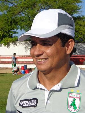 Reginaldo Sousa, técnico do Sousa (Foto: Felipe Martins / Globoesporte.com/se)