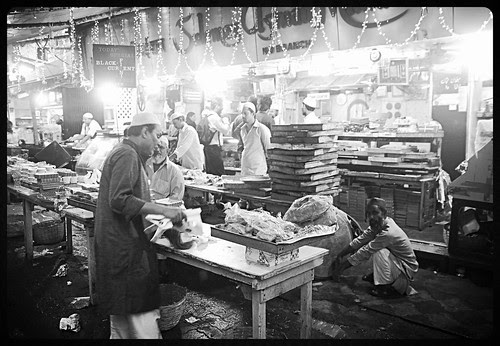 The Spirit Of Peace Hope Ramzan Touches Even The Non Muslims At Minara Masjid Food Lane by firoze shakir photographerno1