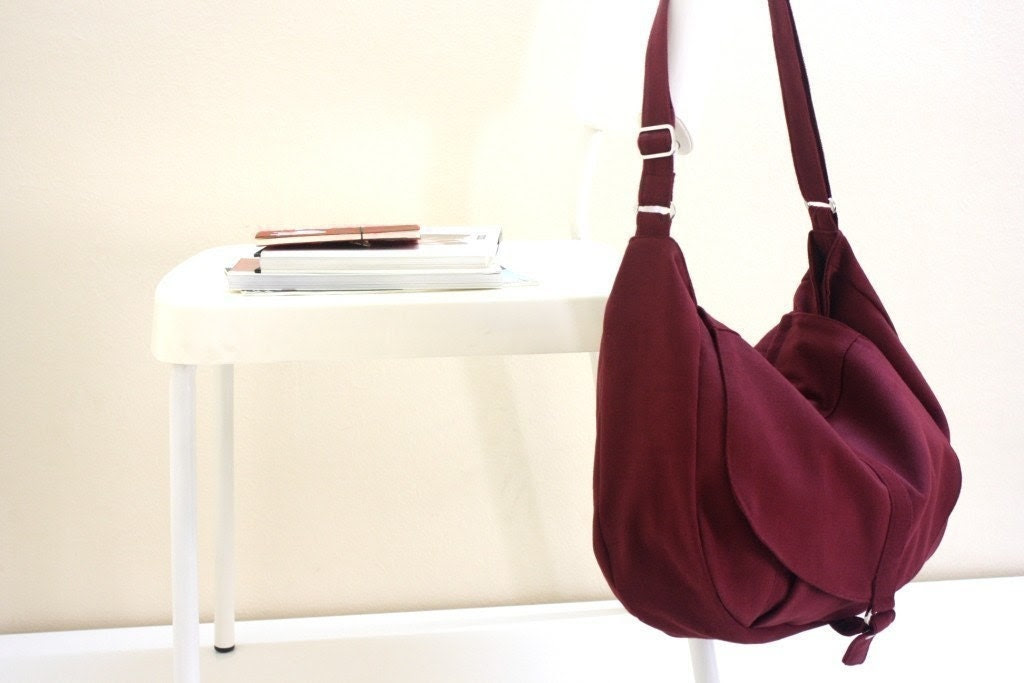 Christmas sale - new - Kylie in rose red / messenger style