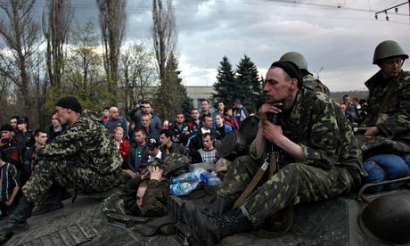 Pro-Russia supporters block Ukrainian army vehicles