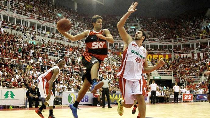 Flamengo x Paulistano final NBB basquete (Foto: Luiz Pires / LNB)