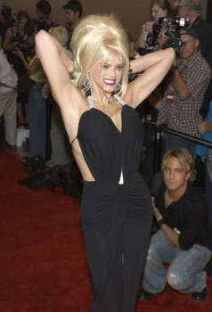 Smith arrives at the 2004 World Music Awards in Las Vegas. Photo: KEITH SHIMADA, Associated Press