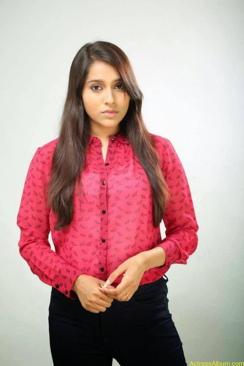 Rashmi Gautam Hot pink dress 14