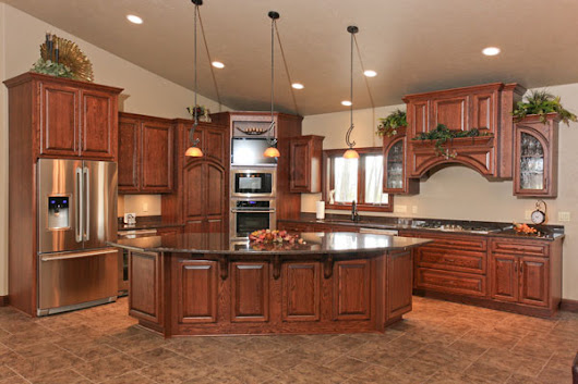 Look! Kitchen cabinetry in Shawano County