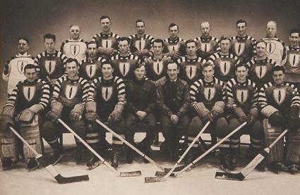 Ottawa Commandos Allan Cup champions 1943 photo Ottawa Commandos Allan Cup champions 1943.png